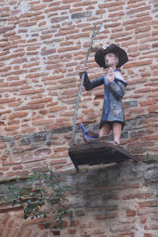 Statue à Moissac