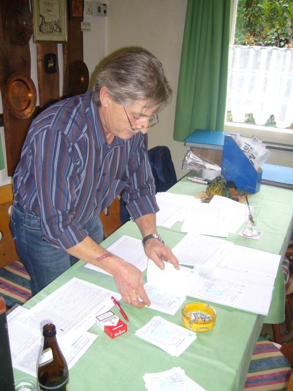 Toni Pertler (Ausstellungsleiter)