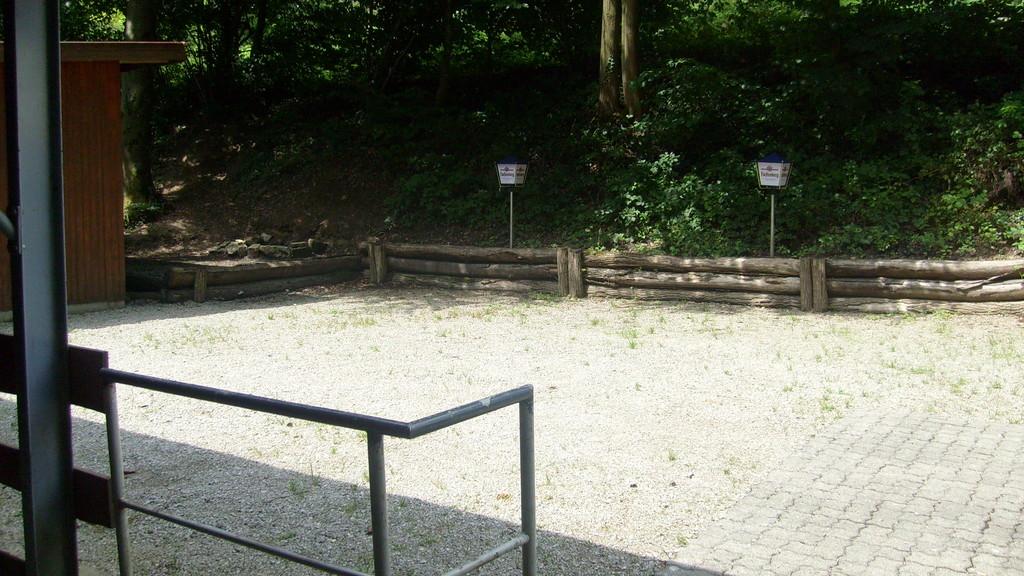 Kleiner Platz mit Feuerstelle