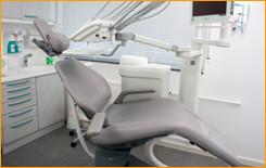 Behandlungsraum Zahnarztpraxis Dr. Eva Streletz
