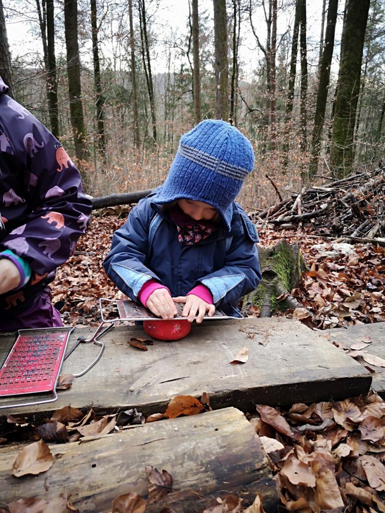 ...und kochen im Wald.