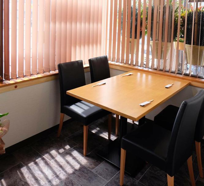 半個室タイプ4名様テーブル