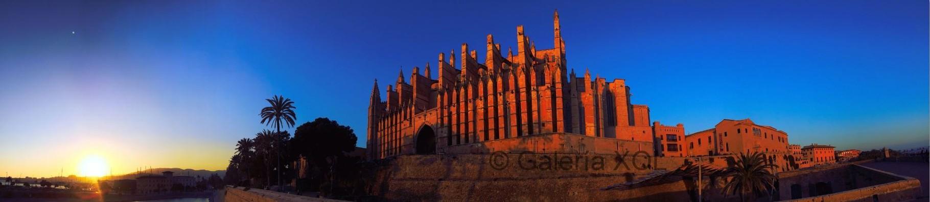 Al Atardecer (Beim Sonnenuntergang) - Catedral Palma de Mallorca