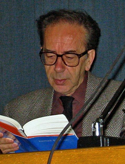Ismail Kadare (Zvicër, 2002)