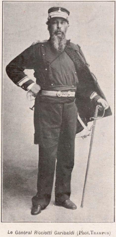 Gjenerali Ricciotti Garibaldi (Fot.Trampus) – Burimi : gallica.bnf.fr / Bibliothèque nationale de France