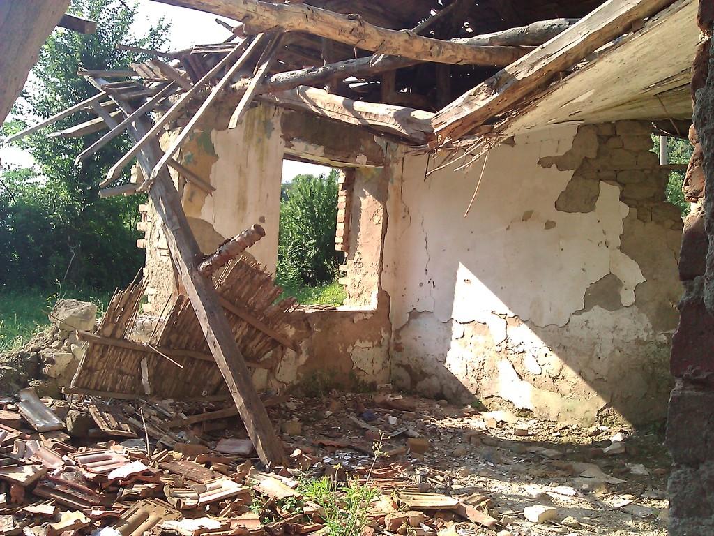 Ish-Klasa ime në rrënoja (Mon ancienne classe en ruines)