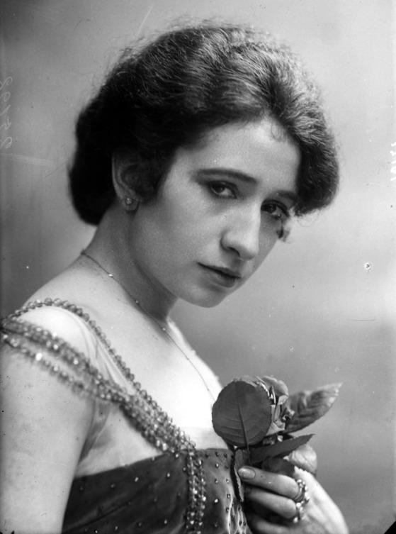 Wanda Capodaglio-Campo (1889 – 1980)