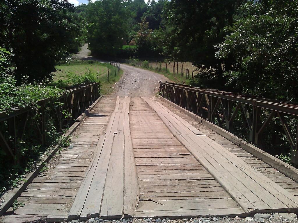 Ura e re e Darsit (Le nouveau pont de Dars)