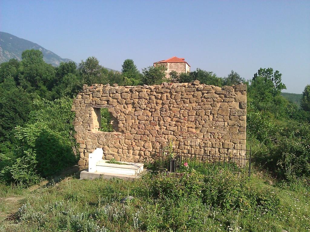 Xhamia e vjetër (L'ancienne mosquée)