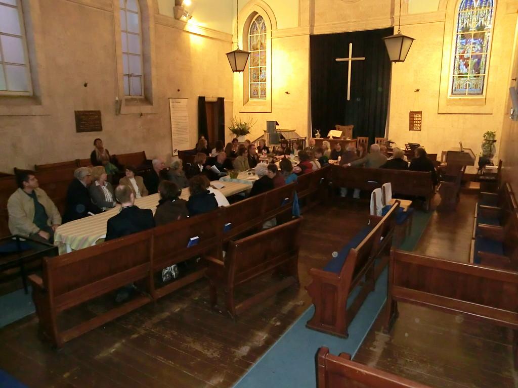 Ökumenisches Abendessen in der Schottischen Kirche