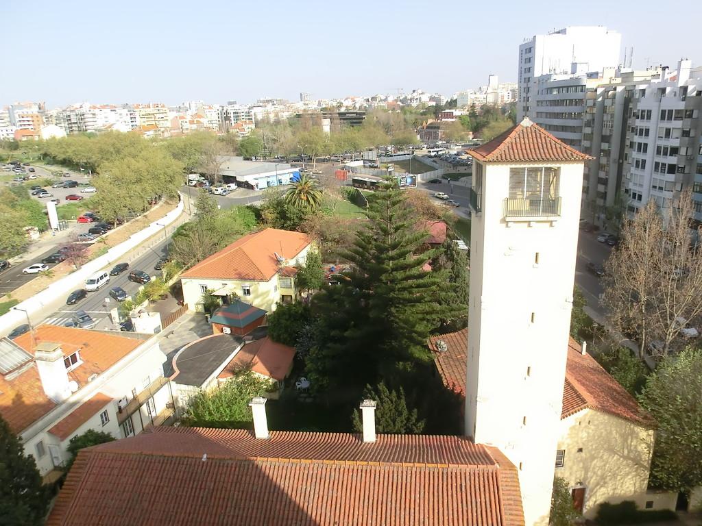 Unser Heimathafen im Häusermeer Lissabons