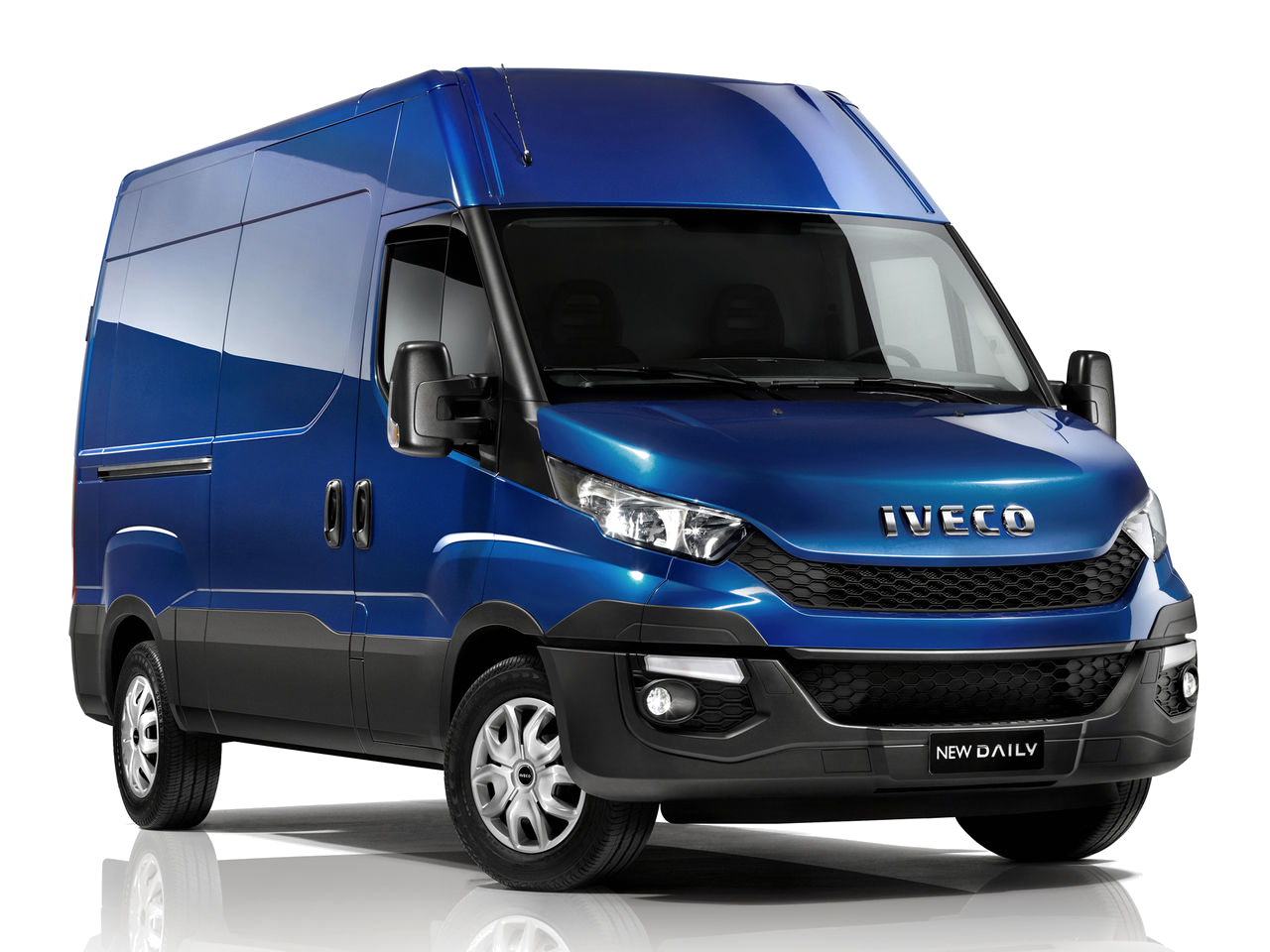 iveco daily city depuis 2014 contact auto am nagement utilitaires habillage protection. Black Bedroom Furniture Sets. Home Design Ideas