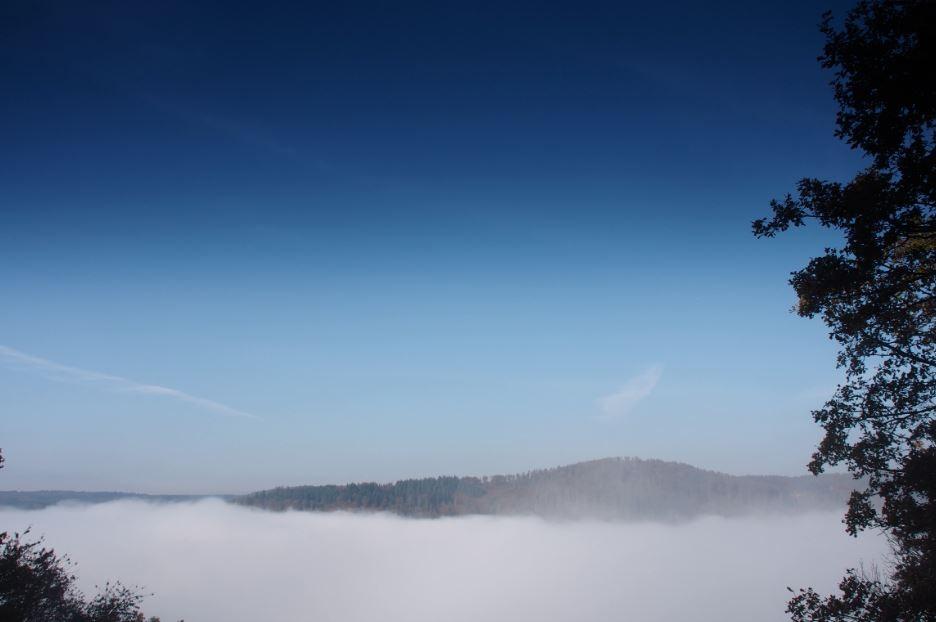 Hochnebel wie in den Alpen