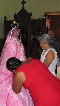 Vestida de la Virgen
