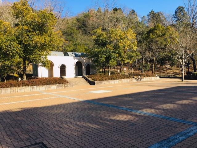 都市緑化植物園_トイレ・授乳室・駐車場