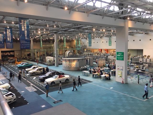 トヨタ産業技術記念館 自動車館