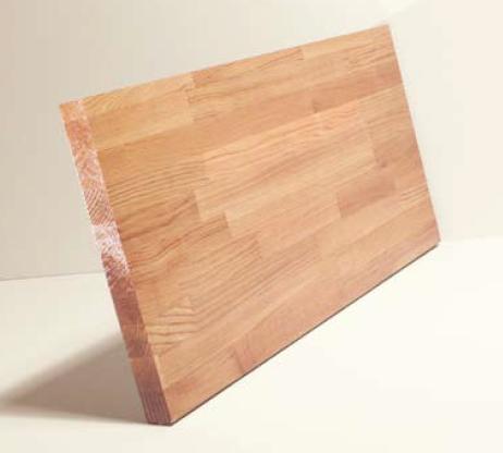 Panneau de bois à entailles multiples