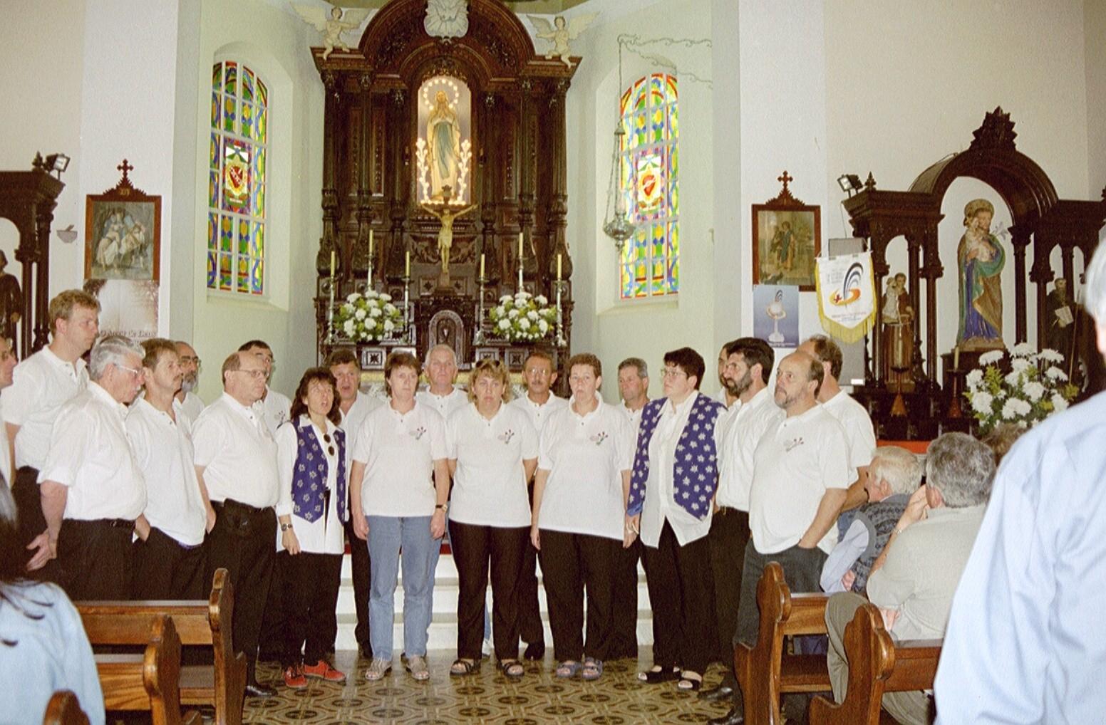 Am Festgottesdienst in der Kirche von Helvetia