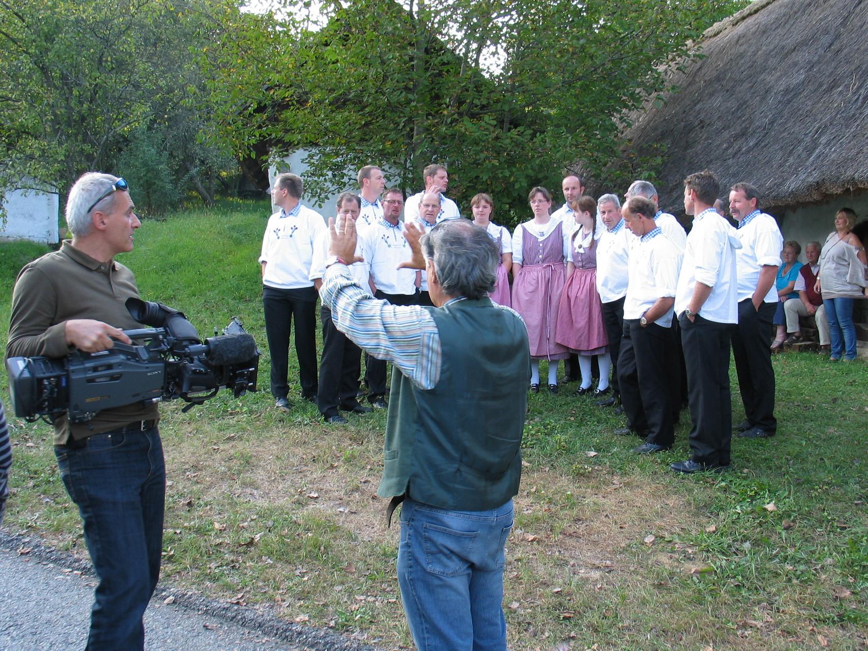 Auch das Österreichische Fernsehen interessiert sich für die Gäste aus der Schweiz