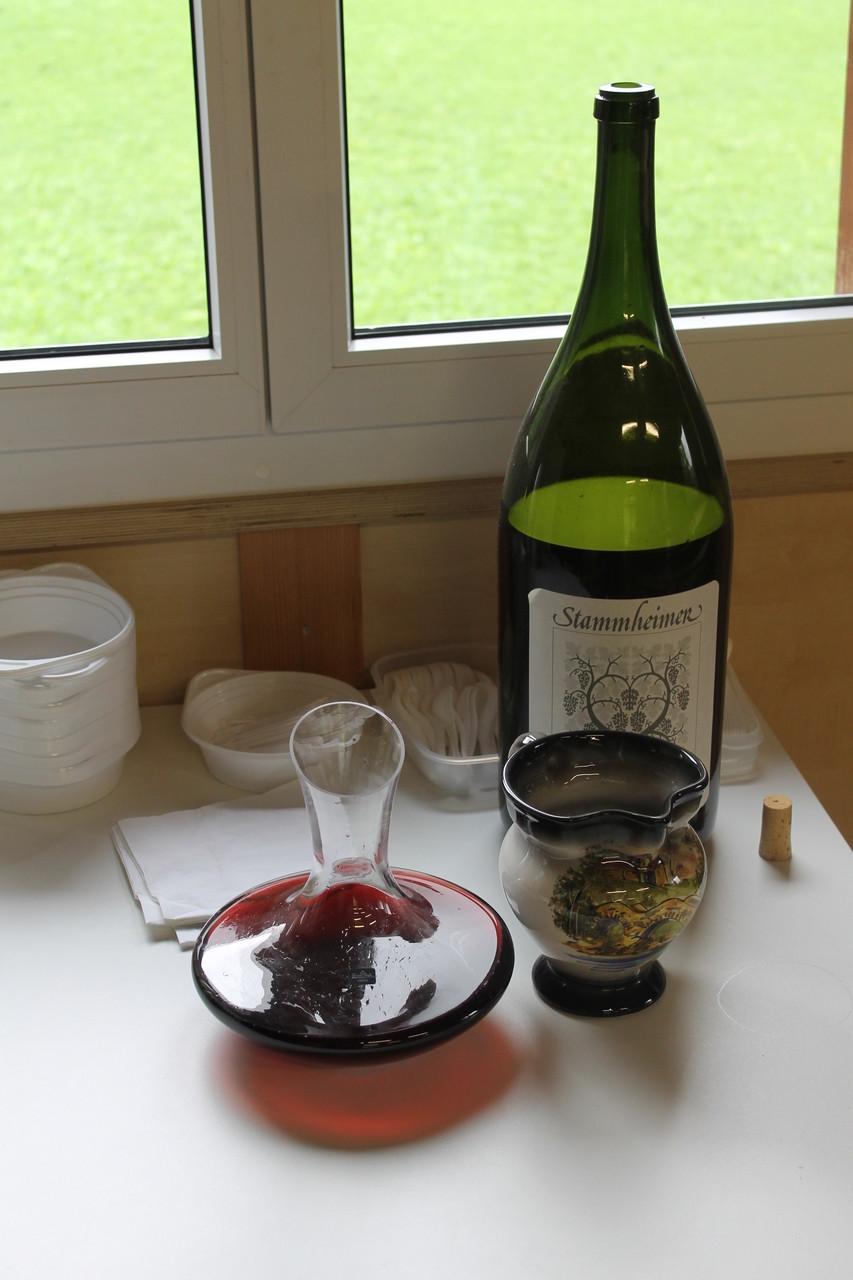 ... leider mochte er (der Wein) den hohen Ansprüchen nicht ganz zu genügen.