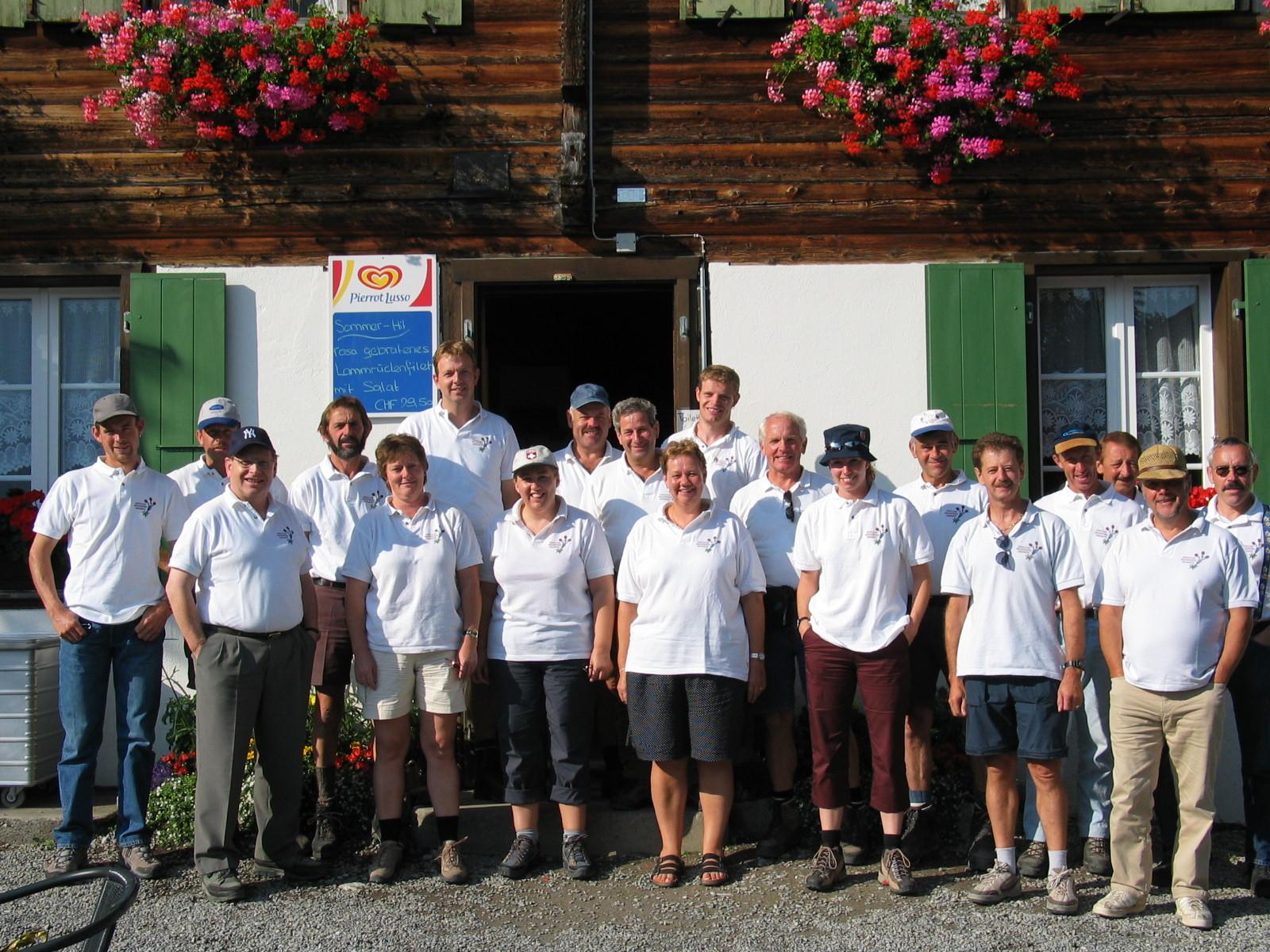 Gut gerüstet für die Wanderung von Alpiglen nach Grindelwald