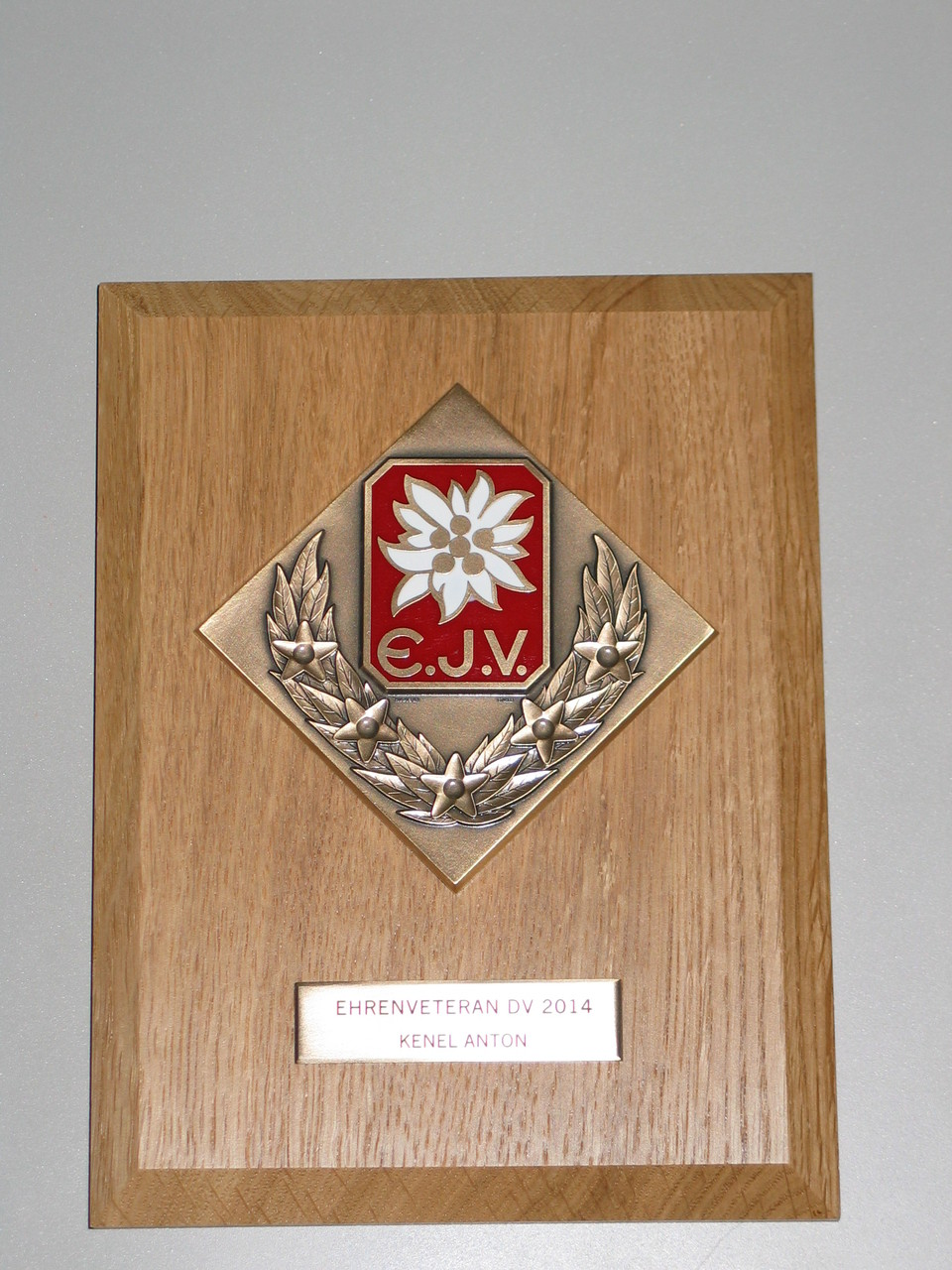 ... die Ehrentafel des Eidg. Jodlerverbandes mit der Ernennung zum Ehrenveteran