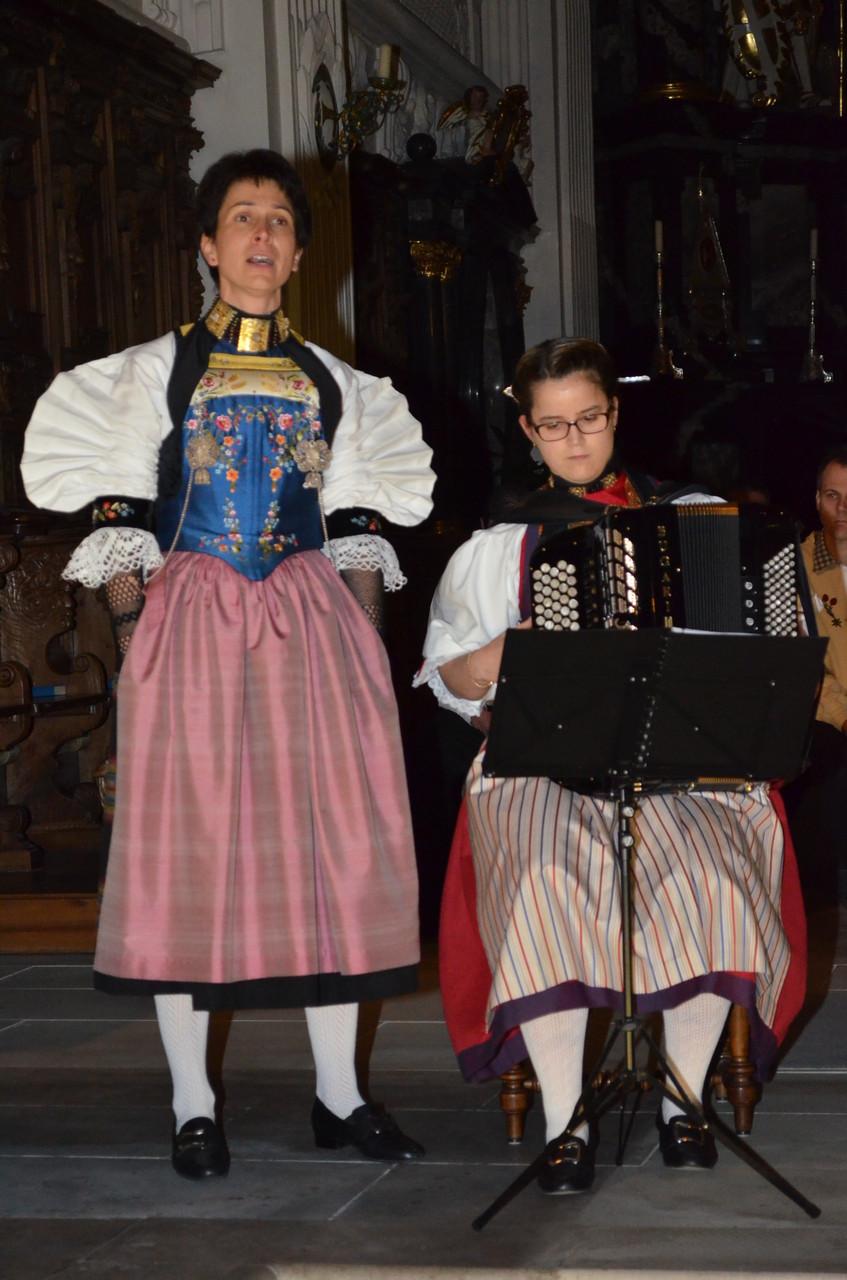 Als Solojodlerin brillierte Monika Frank mit Begleitung von Franziska Inderbitzi