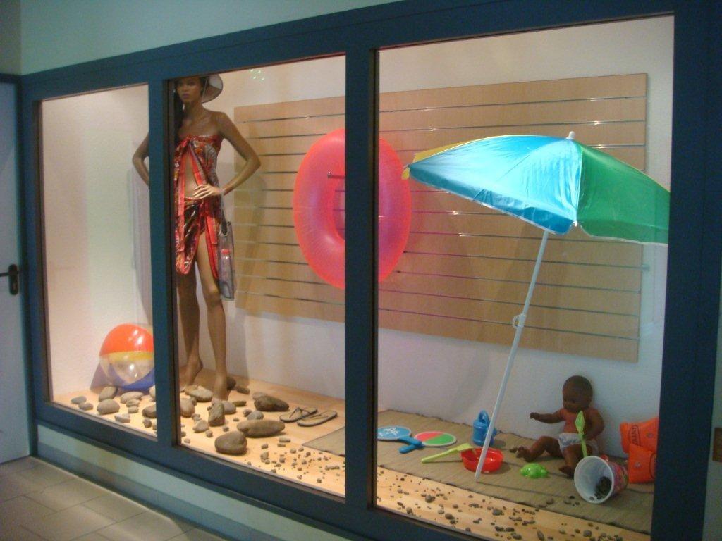 """Vtrine """" boutique bord de mer """" réalisée par les 2BPCO"""