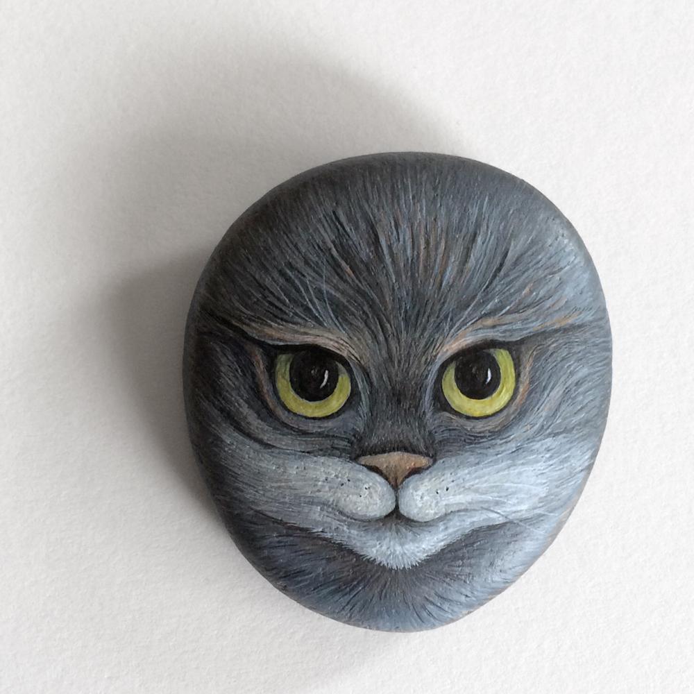 Galet décoratif chat- acrylique sur galet de rivière - fini satiné