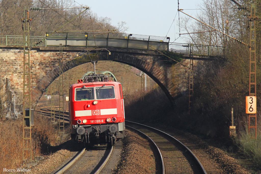 181 205 als Tfzf(F) 77913 Saarbrücken Hbf - Forbach/F, 11.03.2017