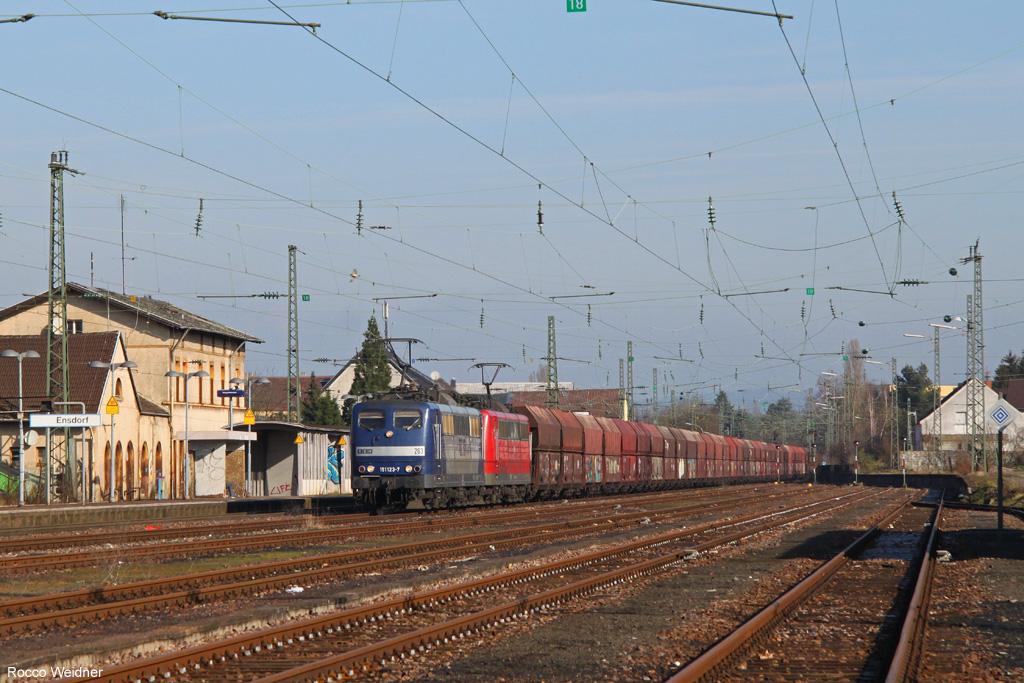 DT 151 123 + 151 014 mit GM 98584 Oberhausen West Orm - Ensdorf(Saar) (Sdl.Kohle, ex. 48745), 09.03.2016
