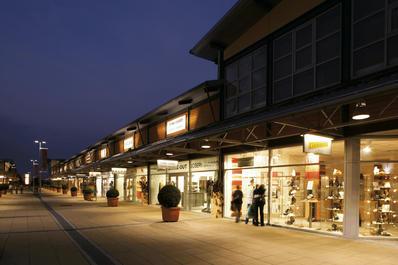Sightseeing / Shopping