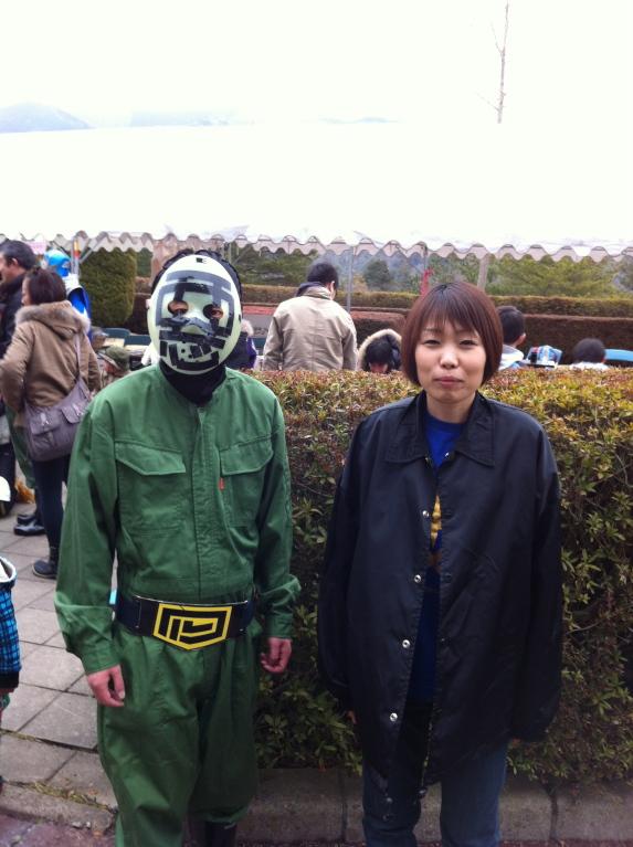 ワルワル団とイーガーショーのお姉さん(このワルワル団には何故か親近感が?!)