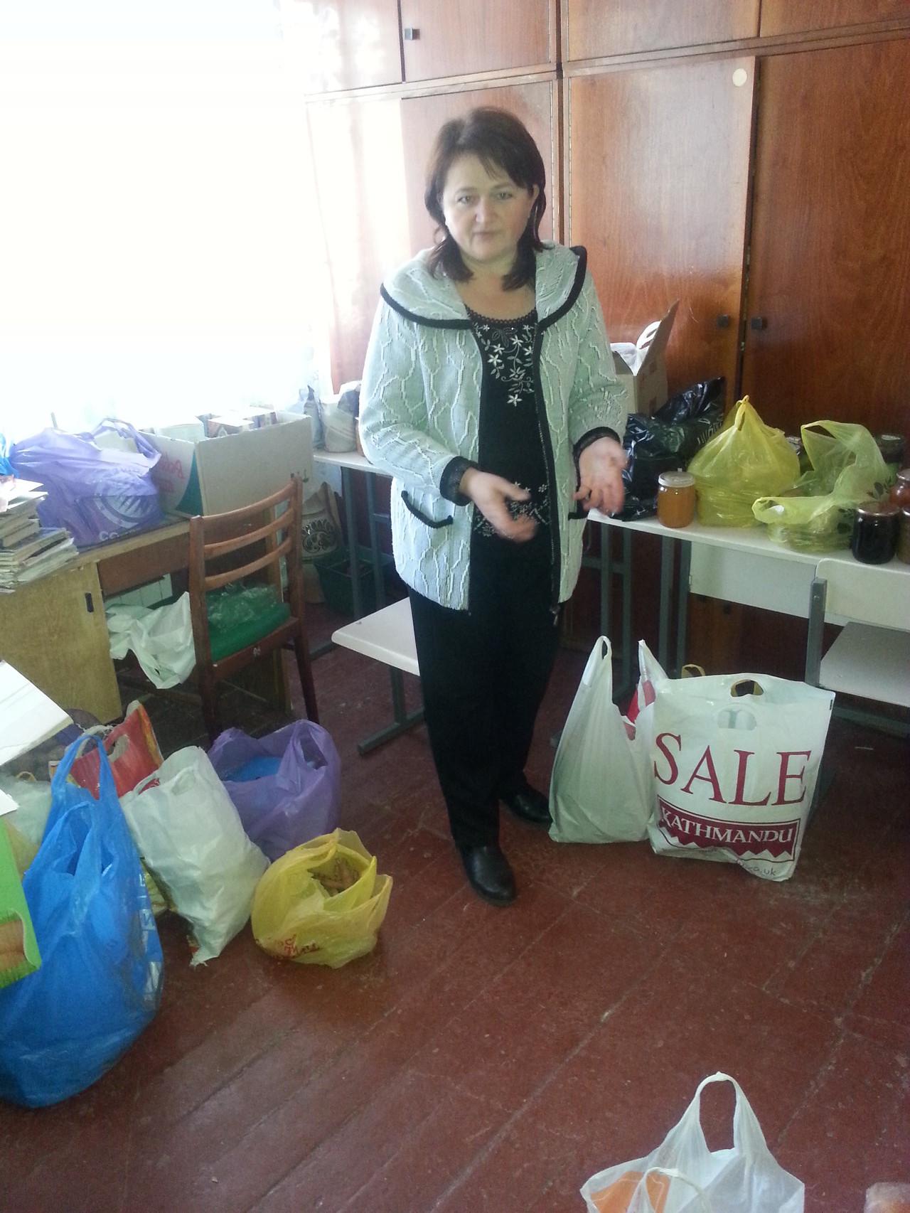 координатор шкільного волонтерського центру - Ташута Людмила Миколаївна
