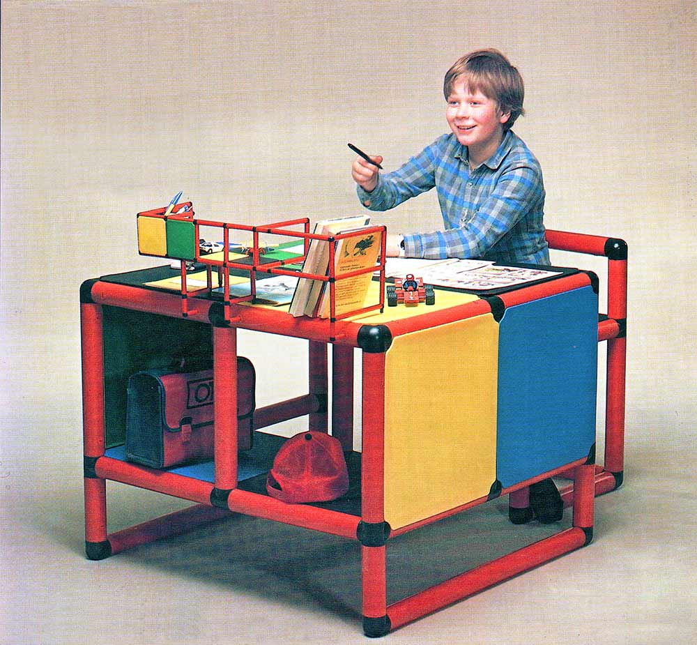 Boy sitting at QUADRO desk