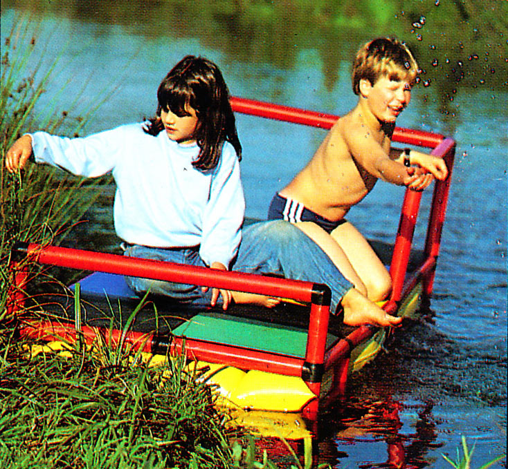 Kids taking a river raft ride on QUADRO