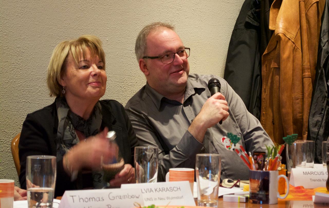 Marcus Garcia mit Moderatorin Sylvia Karasch