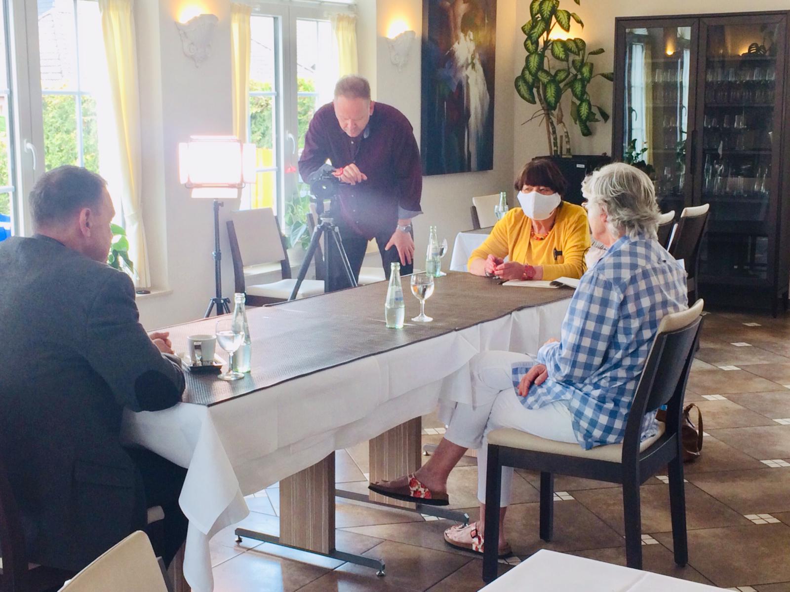 """... Leiterin des Seniorenpflegeheims Haus am Marktplatz und Gründerin des Förderkreis """"Gute Stube e.V."""""""