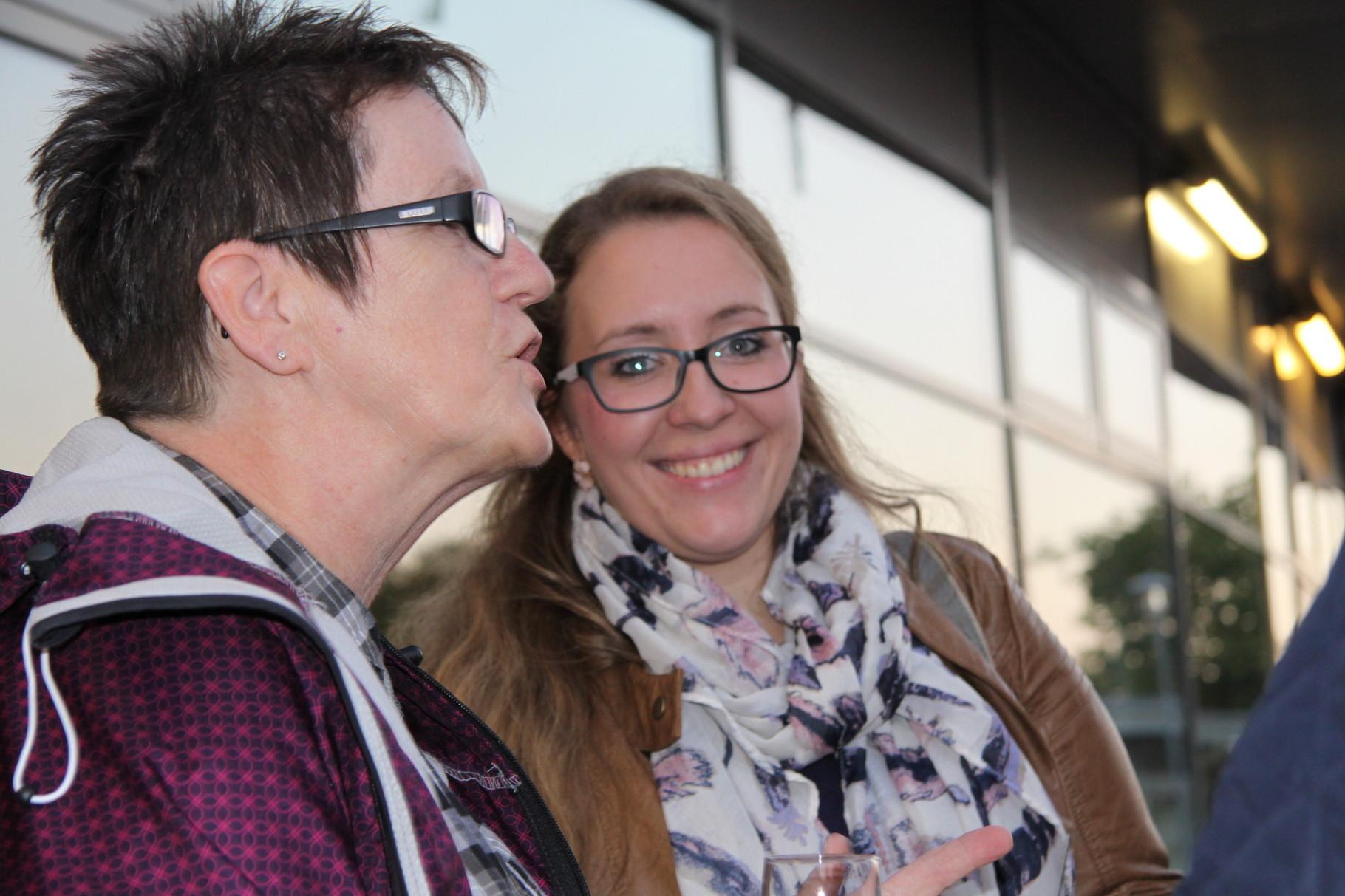 Marita Bull, PHYSIO FITNESS B2.0 , und Jasmin Poschmann aus Elstorf