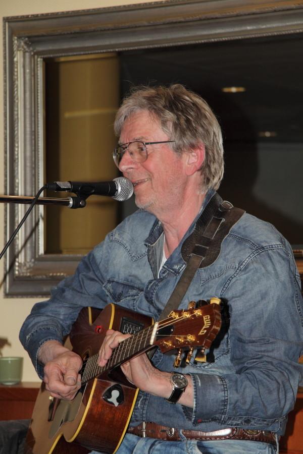 Marcel Schaar (Singer & Songwriter)