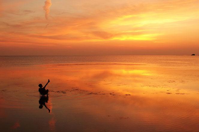 快晴・無風・凪…こんな日はウユニ塩湖のようになります