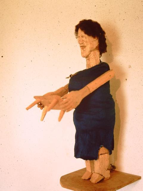 Hausfrau, Holz/Textil, 45cm, 1985