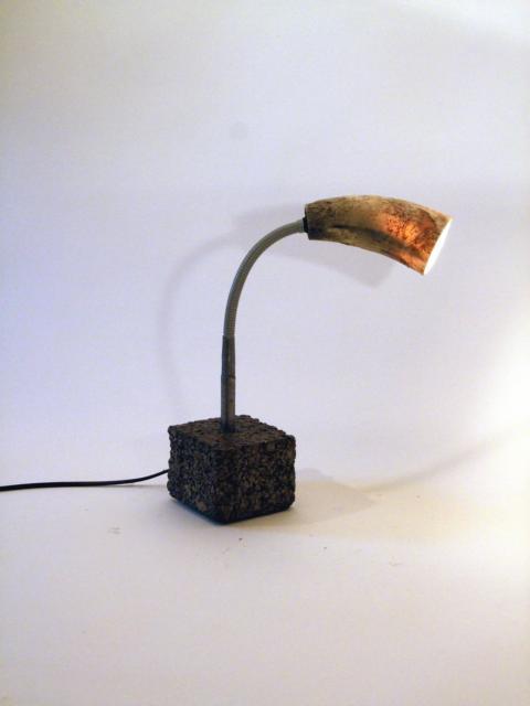 Lampe, Horn, Stahl, Beton, 2012