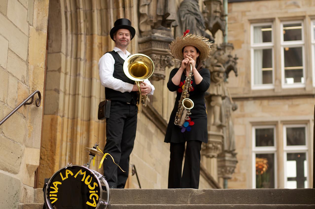 Duo Viva la Musica Walk Act                       Foto: Apwisch