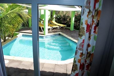 pool-Ferienhaus-CAS-IGUANA-Urlaub-Curacao-Karibik-Villapark-Fontein