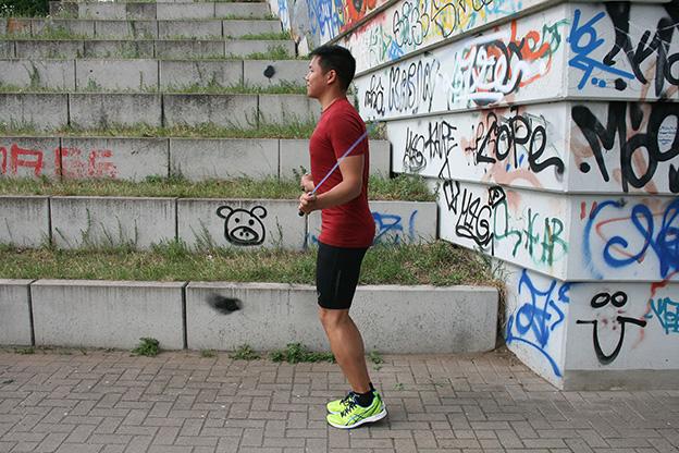 Dr. Matthias Marquardt, MARQUARDT RUNNING Athletik-Uebung: Springseil springen