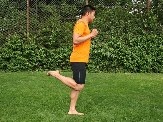 Dr. Matthias Marquardt, MARQUARDT RUNNING Athletik-Uebung: Anfersen 03
