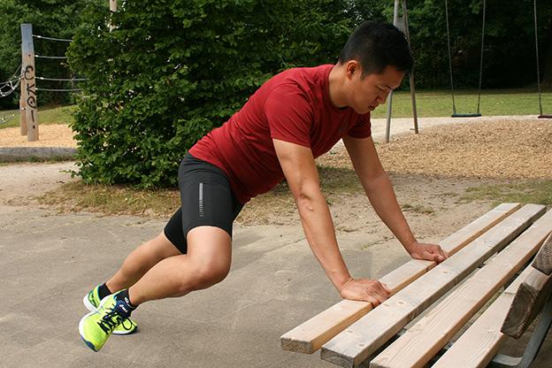 Dr. Matthias Marquardt, MARQUARDT RUNNING Athletik-Uebung: Bergsteiger 01