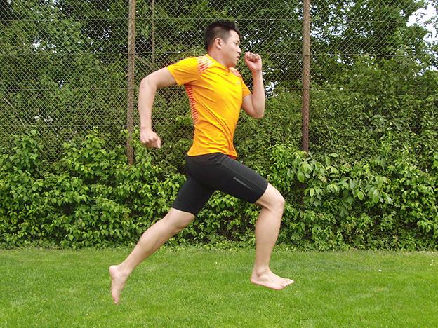 Dr. Matthias Marquardt, MARQUARDT RUNNING Athletik-Uebung: Lange Spruenge