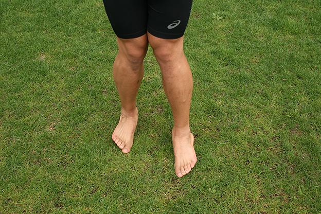 Dr. Matthias Marquardt, MARQUARDT RUNNING Athletik-Uebung: Fusszirkel > Innenkanten- und Aussenkantenlauf 01